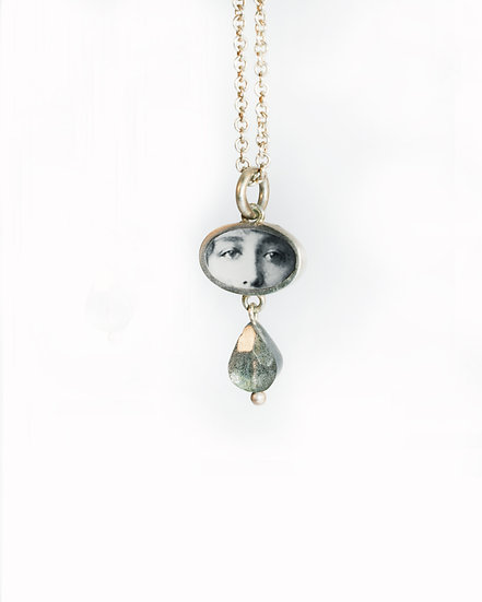Little Eyes Photo Pendant/silver & labradorite (in stock)