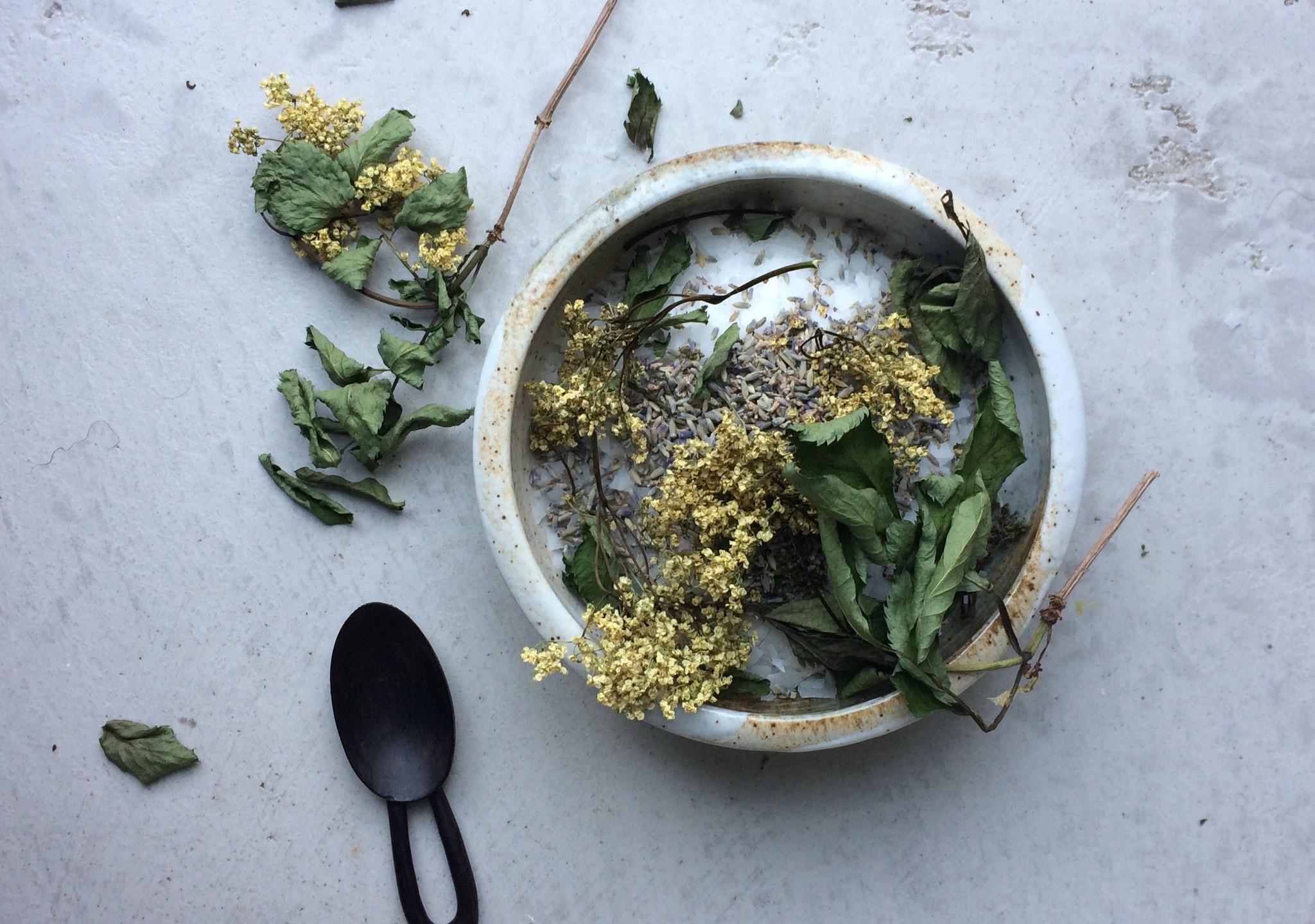 Elderflower, lavender & salts