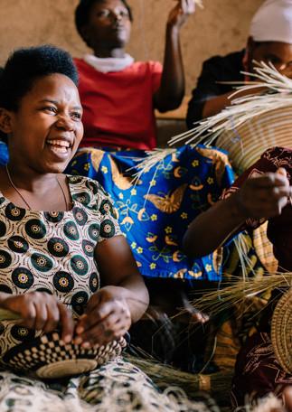 basket-weavers-rwanda-amsha