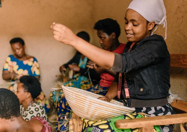 woman-weaver-basket-bowl-rwanda