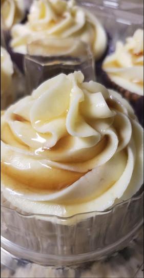 Honey Whiskey Vanilla Cupcakes