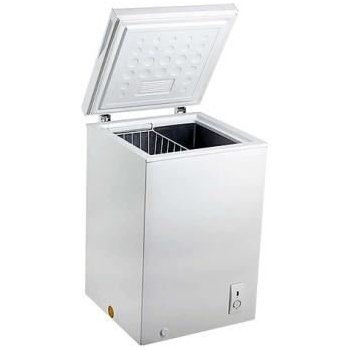 Ice King CH1041H Chest Freezer in White