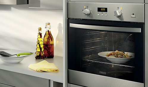 Zanussi ZOP37987XE stainless steel pyrolitic single oven