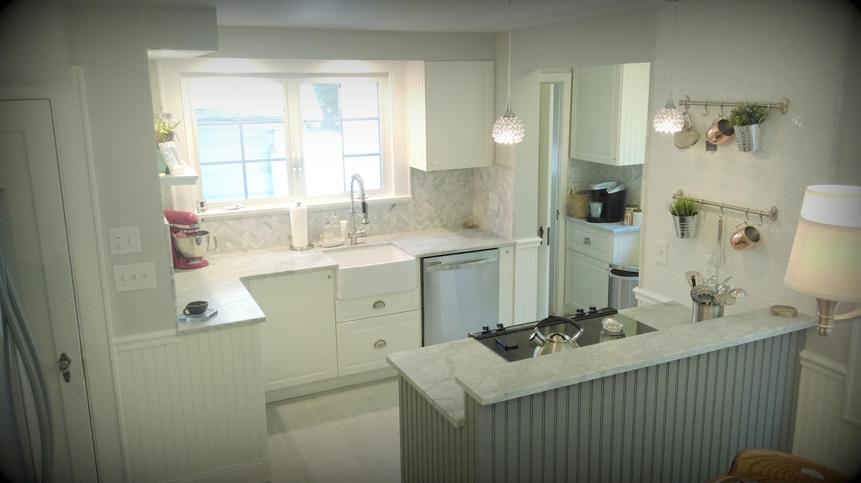 Classic Carrara Kitchen