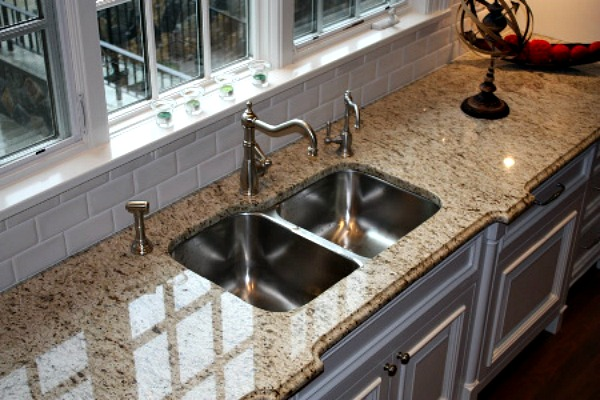 Giallo Ornamental Countertop
