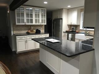 Still Kickn': the traditional kitchen
