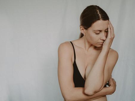 Fevereiro roxo: dores da fibromialgia atingem 4 milhões no Brasil