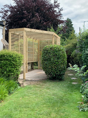 Pergola with slatted sides