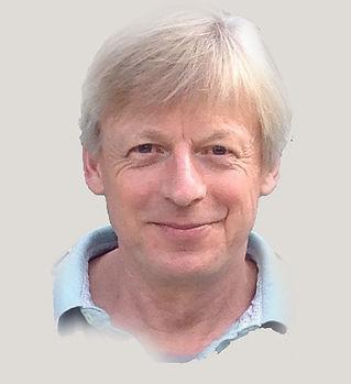 dr-dirk-boecker-man-smiling-business-por