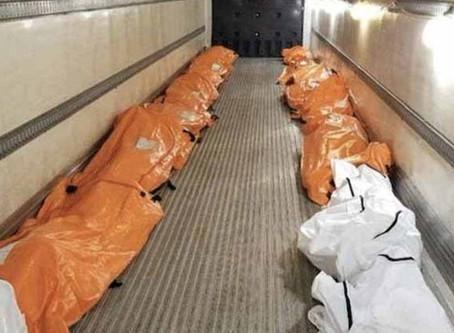 Los cadáveres se almacenan en camiones refrigerados fuera de los hospitales de Nueva York