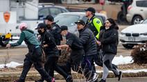 Tirador en un supermercado de Colorado mata a 10 personas, incluyendo  un policía,
