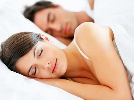 Por qué dormir 6 horas puede ser peor que no dormir en absoluto
