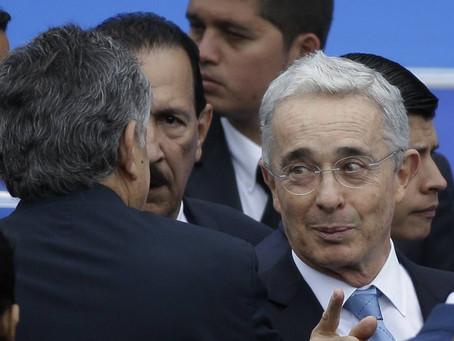 Expresidente de Colombia Álvaro Uribe con arresto domiciliario
