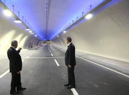 Europa y Asia se unen en  Estambul en el túnel submarino más profundo del mundo