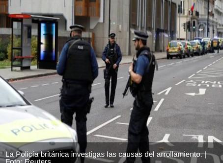 Londres varias personas heridas,tropellan a multitud cerca de Museo