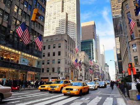 La Quinta Avenida de New York renueva como la arteria comercial más cara