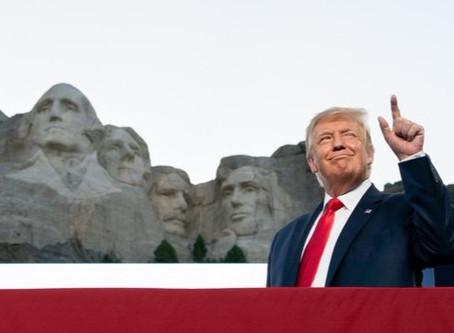 Trump sueña con poner su cara en el Monte Rushmore y cree que lo merece