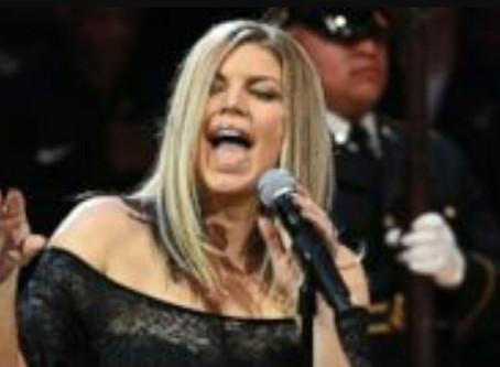 Fergie responde a críticas por su interpretación del himno de EE.UU.