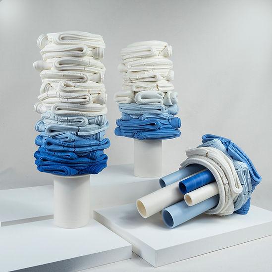 SE_Fold_blue blend sculptures_small.jpg