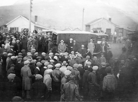 Bellevue Mine Workers Strike at the Washhouse, 1932.