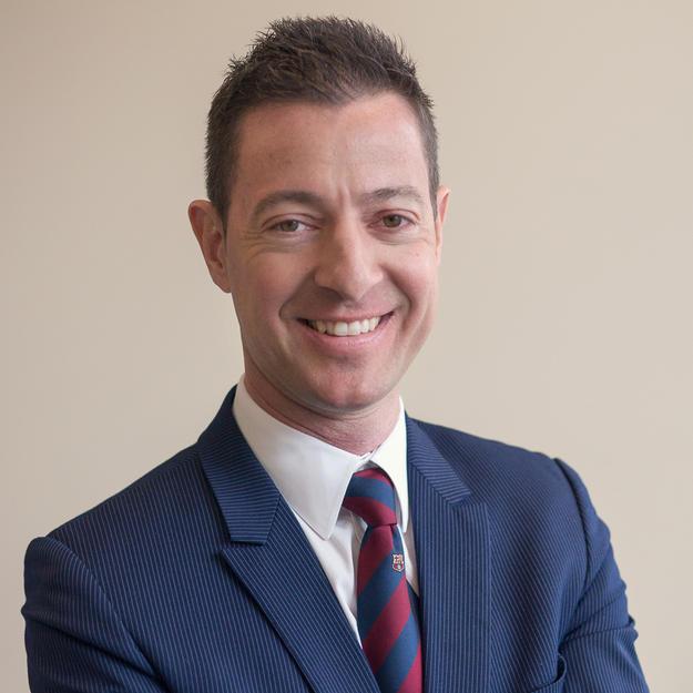 Dr Nick Pourgiezis