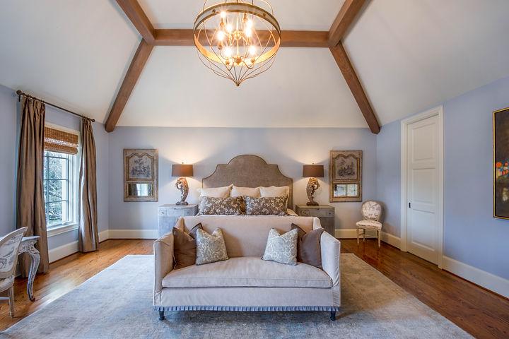 Master bedroom : Blvd Oaks #1.jpg