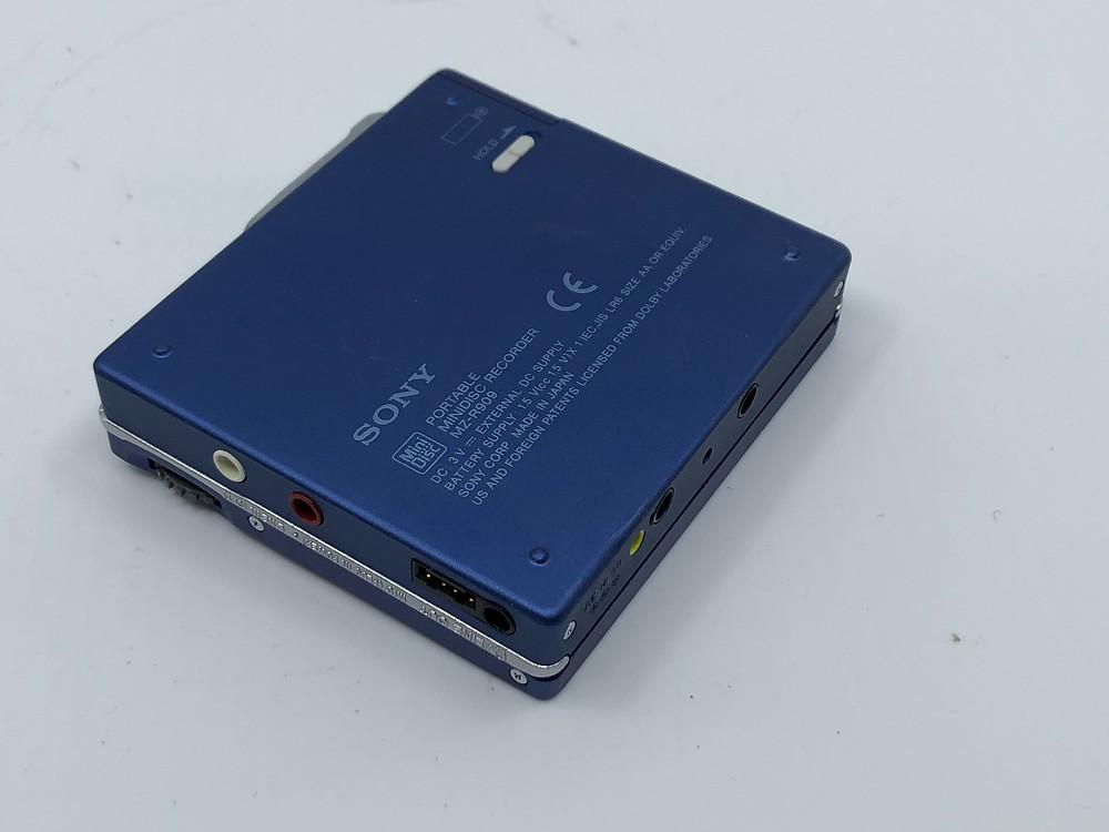 Sony MZ-R909 Blue MD Recorder