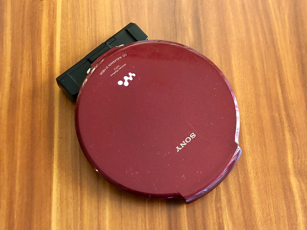 Sony CD Walkman D-NE20 Red Portable CD Player