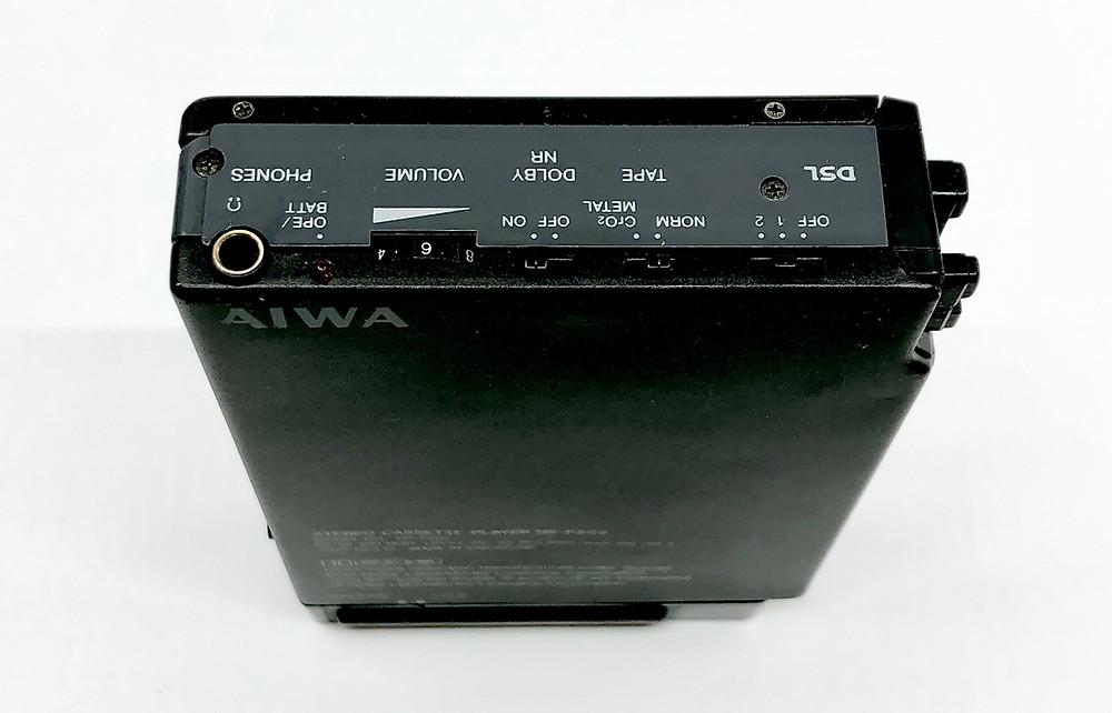 Aiwa HS-P202 Portable Cassette Player