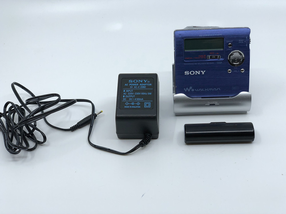 Sony MZ-R909 Blue MD Recorder
