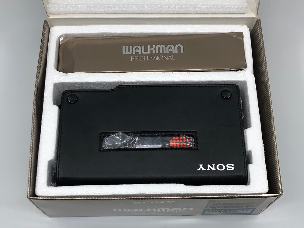 Sony Walkman D6C Box Set Professional Cassette Recorder