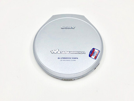 Sony CD Walkman D-E999 Silver Portable CD Player