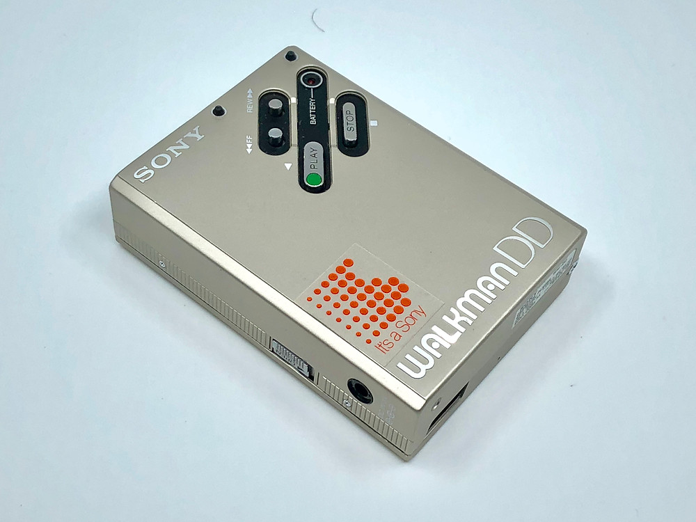 Champagne WM-DD Walkman
