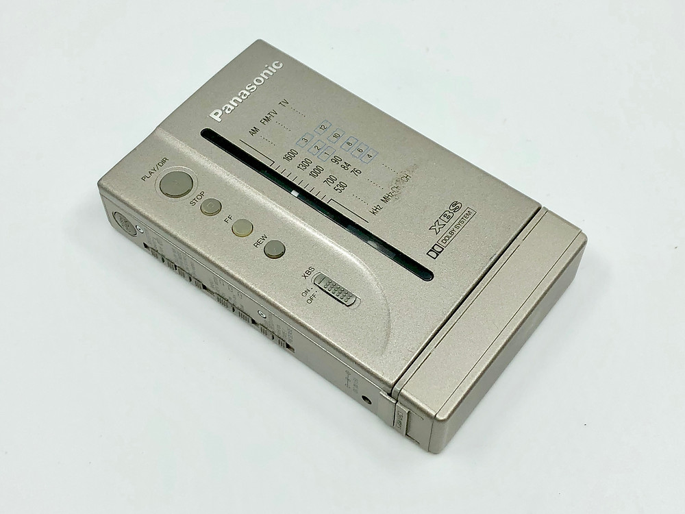Panasonic RQ-V505 Portable Cassette Player with Radio