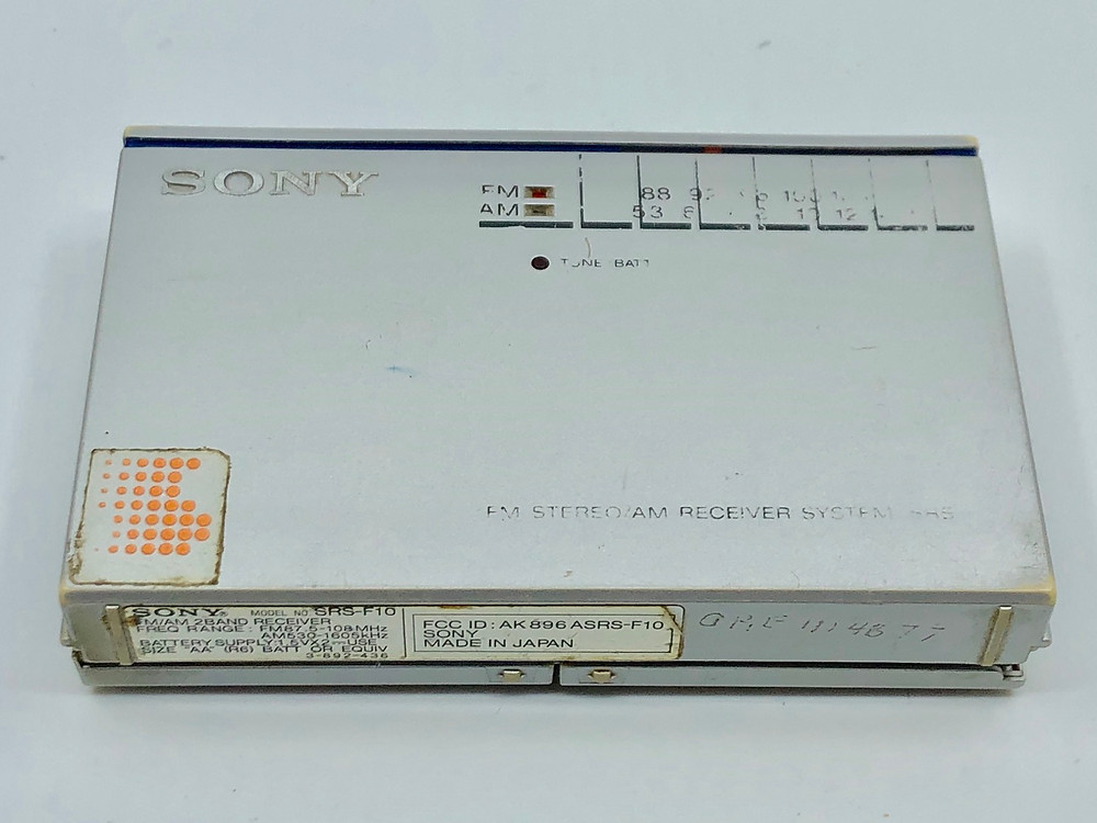 Sony SRS-F10 Portable Speaker and Radio