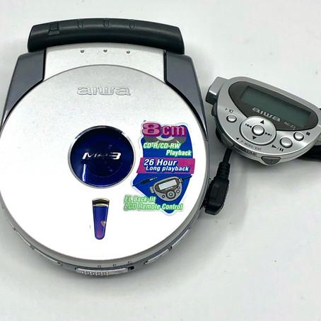 Aiwa XP-Z3C 8cm Portable CD MP3 Player