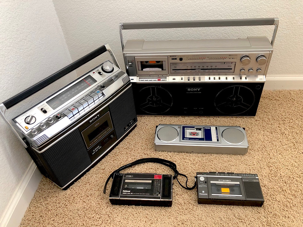 Large, Medium, Small, Mini, Micro boombox ...