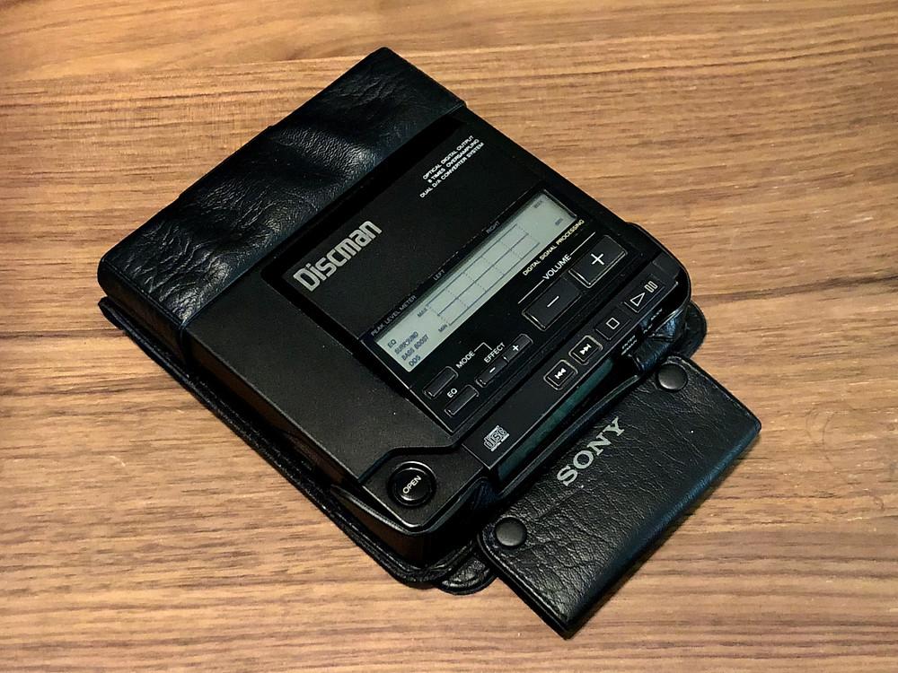 Sony Discman D-555 Portable CD Player