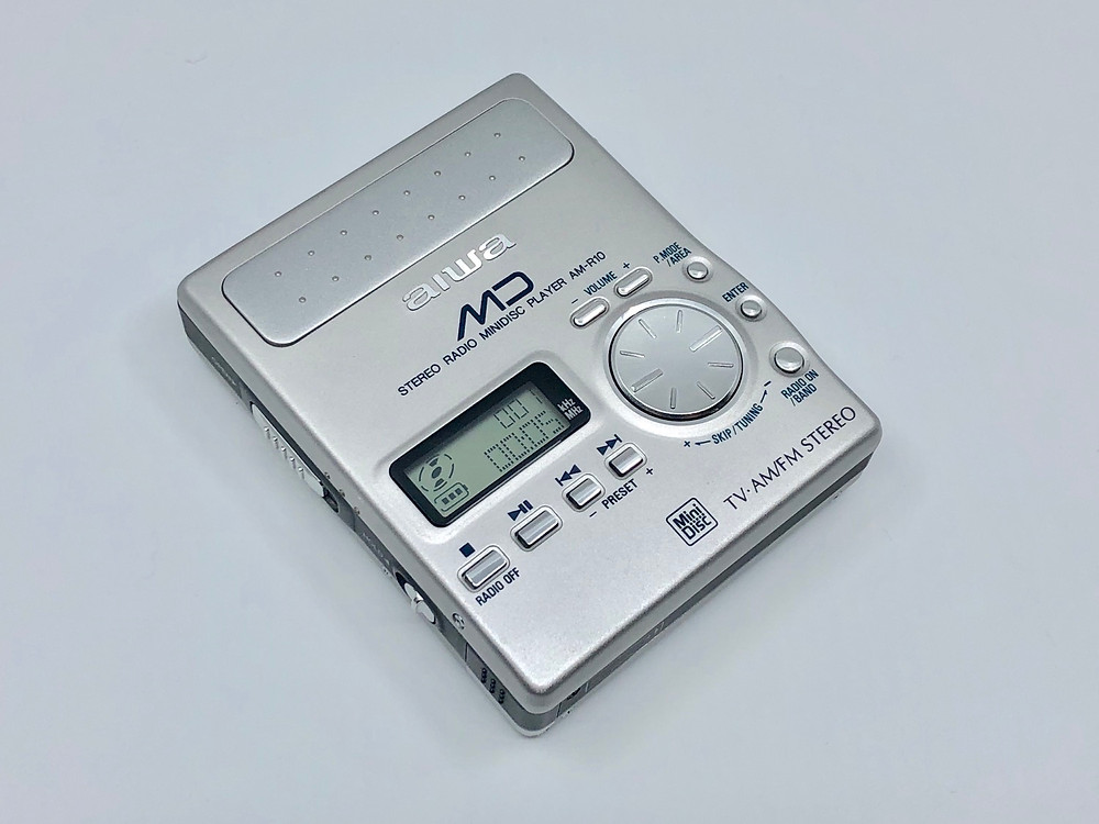 Aiwa AM-R10 MiniDisc Recorder Box Set