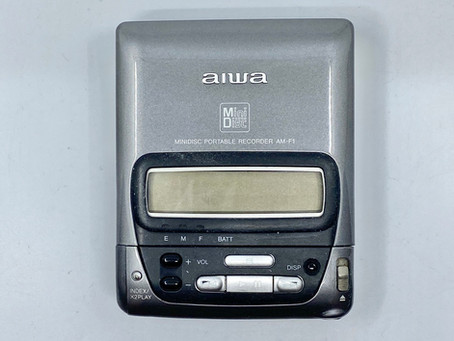 Aiwa AM-F1 Portable  Minidisc Recorder