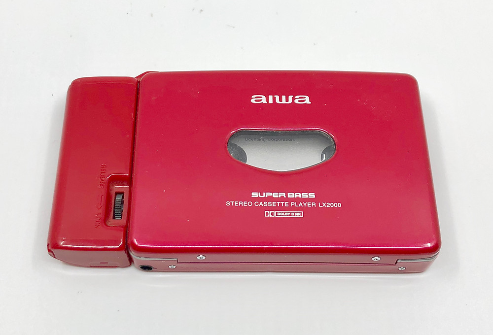 Aiwa HS-LX2000 Red Portable Cassette Player - Ladies' Collection
