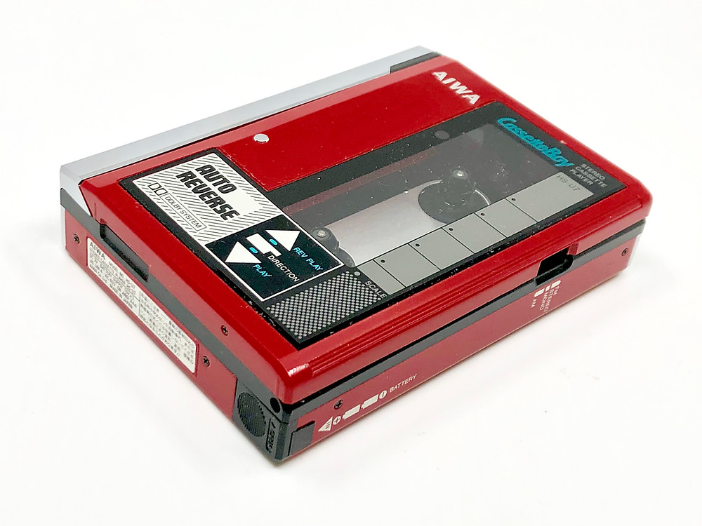 Aiwa HS-U7 Red Portable Cassette Player
