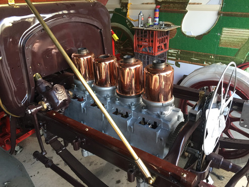 1906 Cadillac motor June 2018.jpg