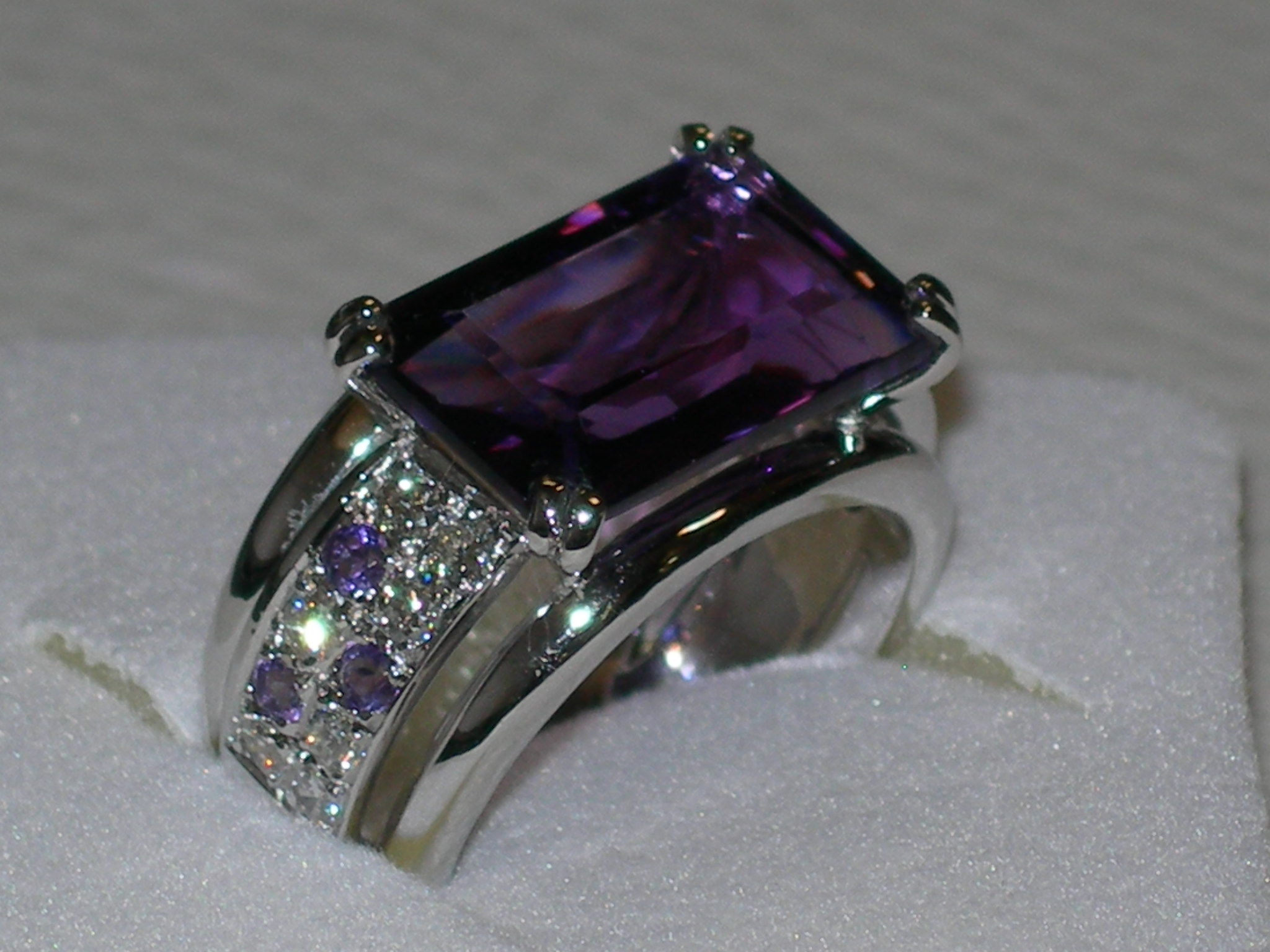 CREATION AMETHYSTE BRILLANTS