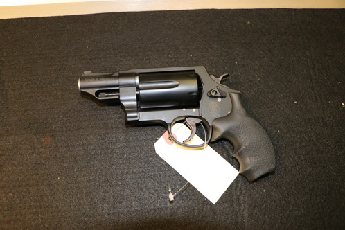 Smith& Wesson Governor 45 colt/410/45ACP