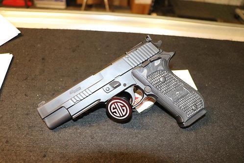 Sig Sauer P220 10mm