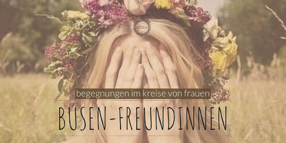 Busen-Freundinnen: ein Frauenabend zum Thema Vereinigung mit Tanja Iten