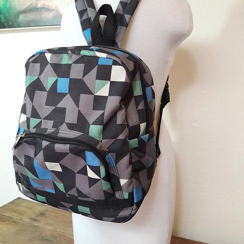 Backpacks, women backpacks made of waterproof fabrics, dayly waring.