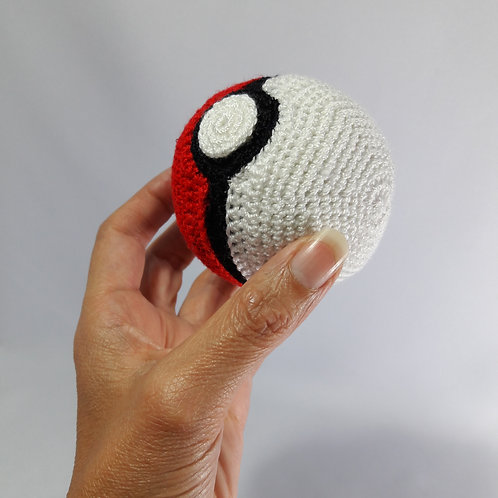 Pokeball plush crochet pokeball replica, pokemon toy amigurumi