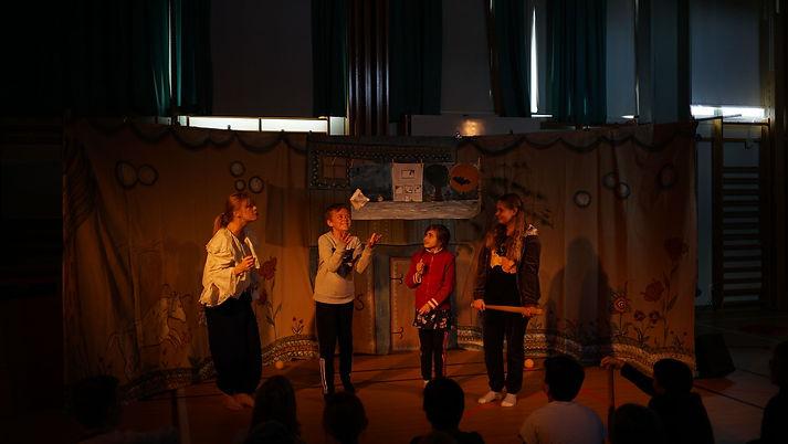 teaterskapandeskola.jpg